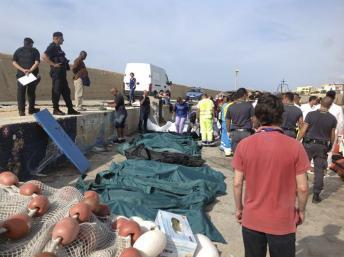 Dramatique naufrage d'un bateau de migrants à Lampedusa