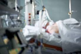 Les États-Unis dépassent les 700 000 morts du Covid-19 (Johns Hopkins)