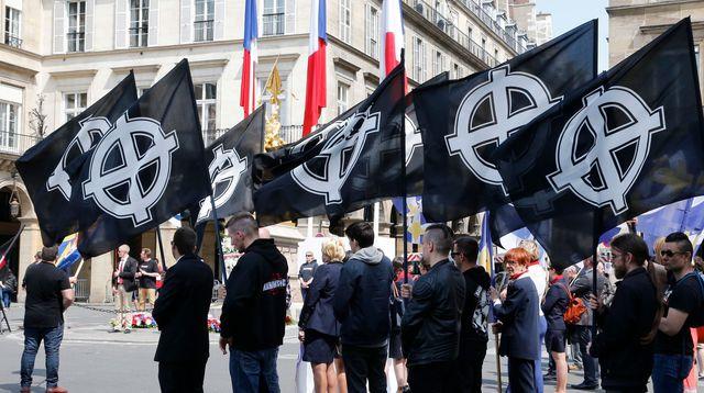 Ultradroite en France: quatre personnes mises en examen pour des projets d'actions violentes