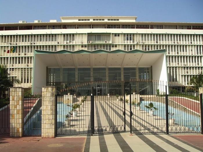 L'Assemblée nationale à la veille des plénières: Thierno Bocoum de Rewmi fait ses bagages, Abdou Mbow de l'APR s'en félicite