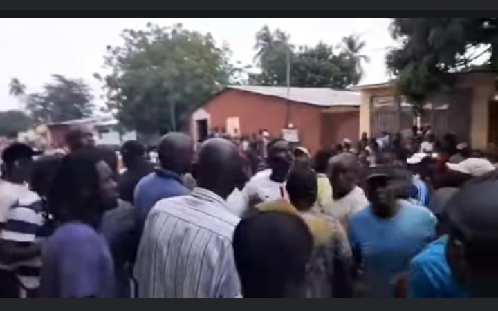 Ziguinchor : Ousmane Sonko et ses partisans attaqués par des «nervis», plusieurs blessés enregistrés
