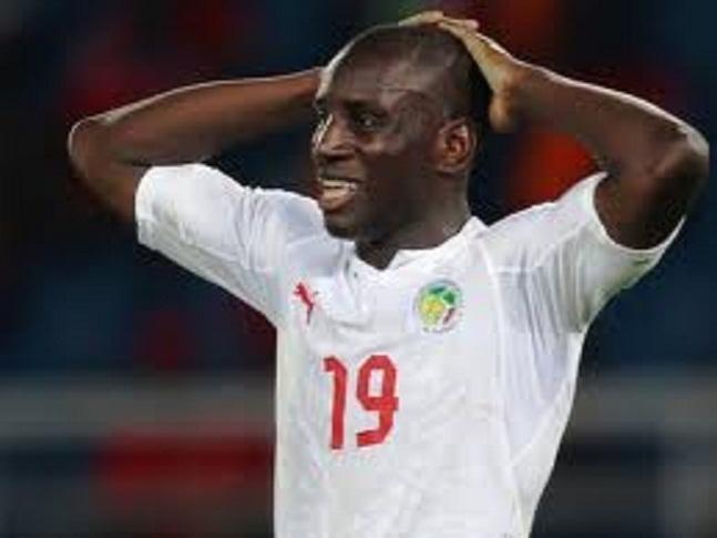 """Demba Ba de tout coeur avec le Sénégal: """"Amenez le pays au Brésil"""", a-t-il demandé aux """"Lions"""""""