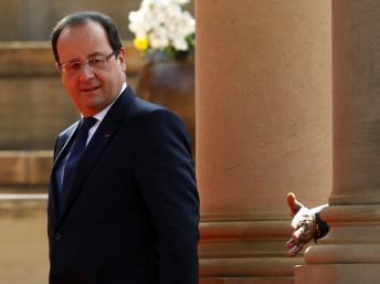 Brignoles et le FN s'immiscent dans le voyage de François Hollande en Afrique du Sud
