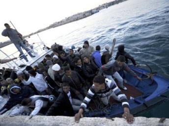 Immigration clandestine: la difficile mission des marines européennes