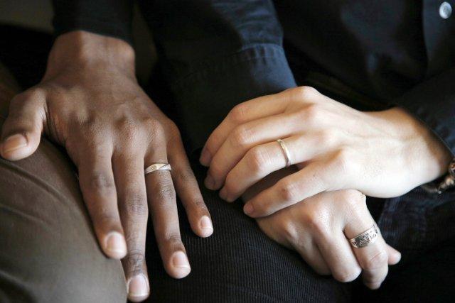 France: le tribunal de Chambéry autorise Dominique et Mohammed à se marier