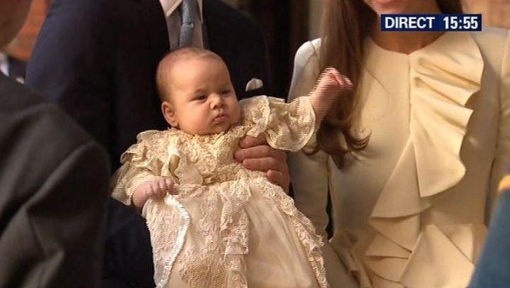 Buckingham : le prince George a été baptisé dans l'intimité