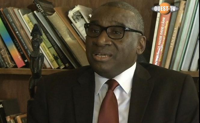 Affaire Habré : Le Professeur Oumar SANKAHARE tire sur Me Sidiki KABA et sur une presse corrompue