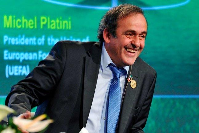 Platini veut 40 pays à la Coupe du monde