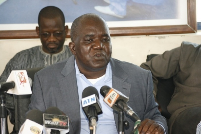 Iba Der Thiam aux côtés du président Sall: le PDS prend acte