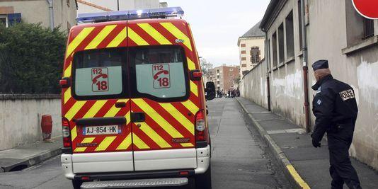 Nantes : en route pour l'hôpital, un détenu agresse ses gardiens et s'évade
