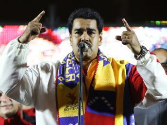 Le Parti socialiste uni du Venezuela (PSUV) du président Nicolas Maduro a recueilli 49,2% des suffrages, soit un total de 5,1 millions de voix, a déclaré la présidente du CNE, Tibisay Lucena. REUTERS/Carlos Garcia Rawlins