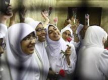 Des militantes islamistes ont été emprisonnées, accusées d'avoir bloqué le trafic routier pendant une manifestation à Alexandrie. REUTERS/Stringer