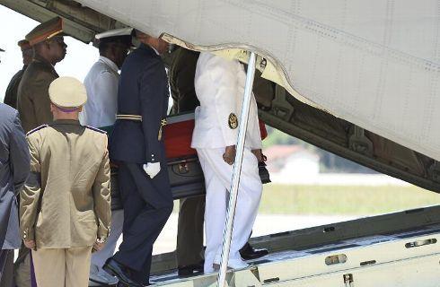 L'avion transportant le corps de Nelson Mandela a décollé de Pretoria en direction de la ville de Mthatha