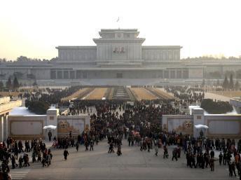 Corée du Nord: après l'exécution du numéro 2 du régime, Kim Jong-un met en scène sa puissance
