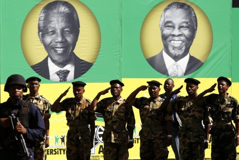 Afrique du Sud: le puissant syndicat des métallurgistes lâche l'ANC