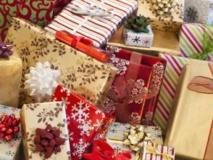Dès le soir de Noël, on retrouve un certain nombre de cadeaux en vente sur internet. Getty Images/Tetra Images