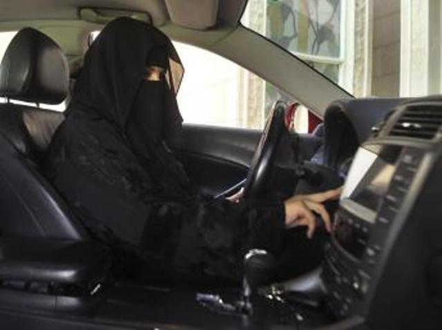 Nouvelle manifestation de Saoudiennes pour le droit de conduire