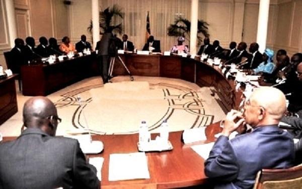 Macky Sall demande la relance des Conseils des ministres décentralisés