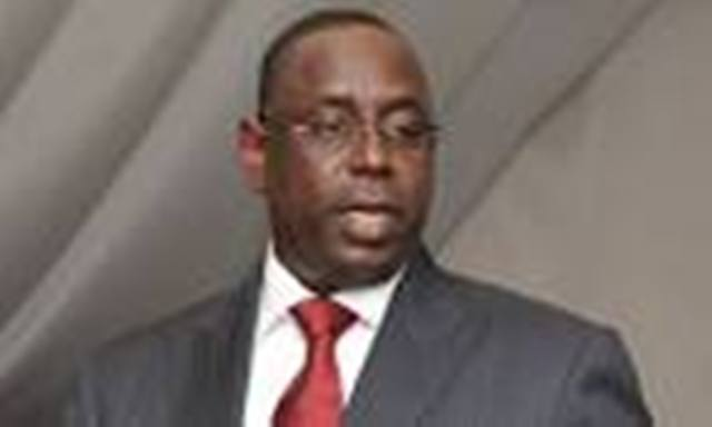 Macky Sall, « l'Etat ne reculera pas sur suppression des logements et l'audit de la fonction publique »