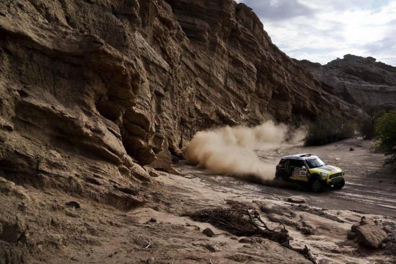 Dakar 2014 - 4e étape : Sainz, le buggy qui sème la zizanie chez les Mini