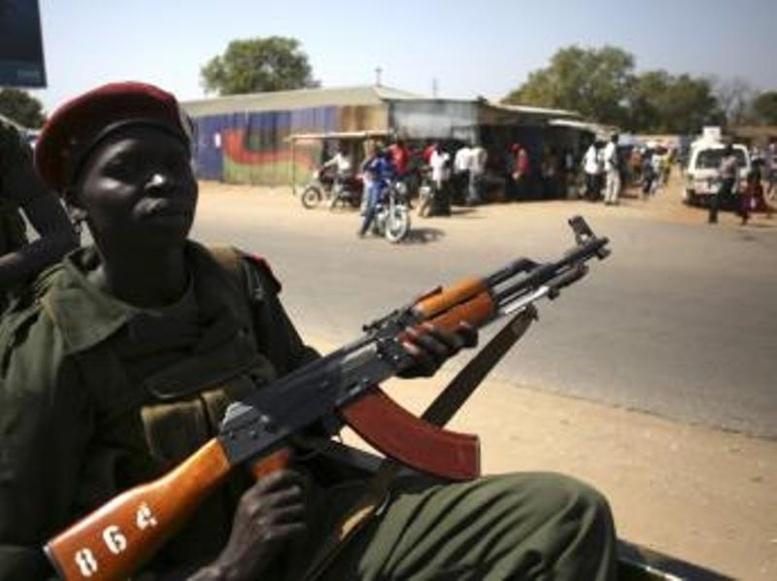 Soudan du Sud: un mois de conflit et un pays au bord de l'anarchie