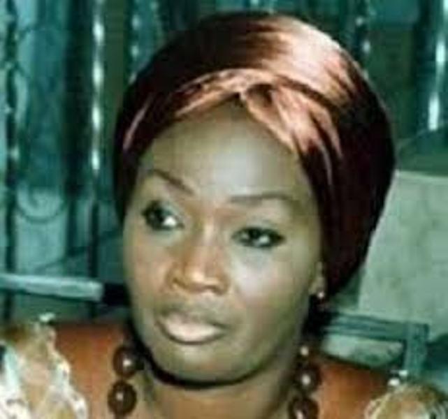 Wade-Ngoné Ndoye: le mari de l'ex-responsable libérale chasse la délégation du PDS; Farando se met en place à Rufisque