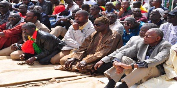 Mbour: étudiants et élèves paralysent le système éducatif en mémoire de Mamadou Diop