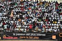 Modou Lô en route vers le stade Demba Diop