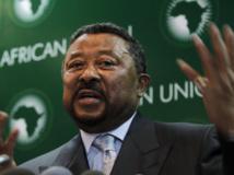 Jean Ping, alors président de la Commission de l'Union africaine, en janvier 2011. REUTERS/Thomas Mukoya