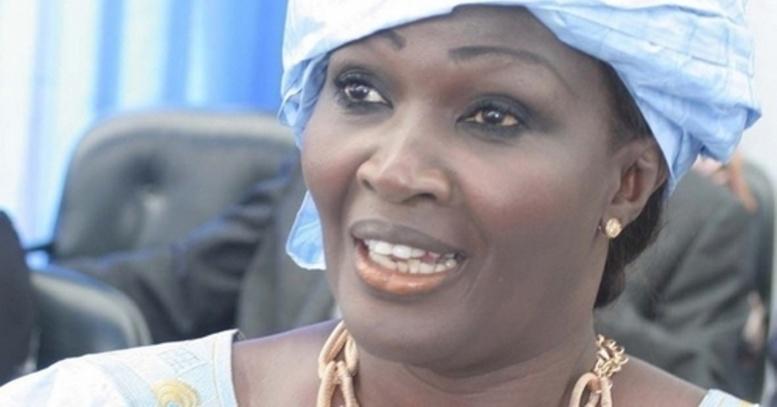 Abus de confiance et escroquerie-Ngoné Ndoye répond à Wade: « Il m'a chassé et humilié »