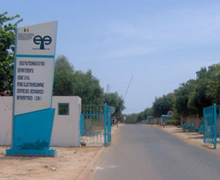 Diarrhées et vomissements à l'Ecole Polytechnique de Thiès: des hamburgers en cause, les élèves-ingénieurs affûtent leurs armes