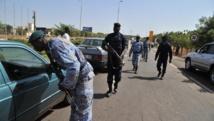 Les contrôles de police ont été renforcés dans la capitale malienne. AFP PHOTO / ISSOUF SANOGO