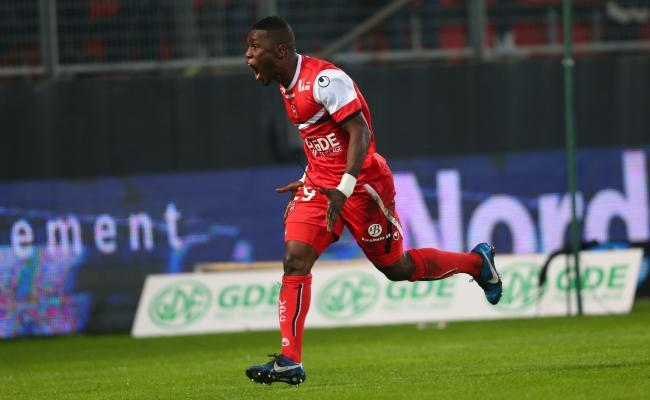 Valenciennes, Ajaccio et Pelé récompensés