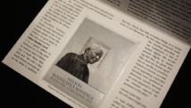 La photo utilisée pour le timbre a été prise quelques années avant son décès le 5 décembre dernier.