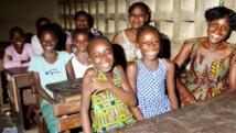 Salle de classe à Abidjan : donner une chance aux enfants des prisons de mener une vie normale, c'est le combat de la fondation. Getty/Luca Sage