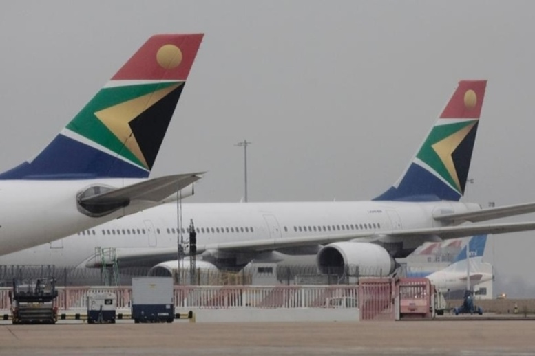 South African Airlines: Un cadavre à bord...