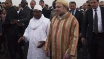 Le roi du Maroc Mohammed VI a été accueilli par le président IBK à son arrivée au Mali, ce mardi 18 février.