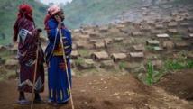 Deux femmes congolaises dans un camp de déplacés à Katoyi, dans le territoire de Masisi, dans le Nord-Kivu, le 4 juin 2012