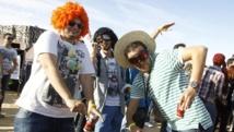 Des milliers de touristes et de Tunisiens se sont réunis à Nefta, au son de la musique électro. REUTERS/Zoubeir Souissi
