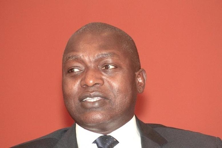 Macky contraint Oumar Gueye a fumé le calumet de la paix avec le secteur privé