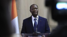 Le président ivoirien Alassane Ouattara de retour à Abidjan, le 2 mars 2014. REUTERS/Thierry Gouegnon