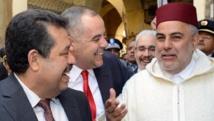 Le Premier ministre marocain, Abdelilah Benkirane (D) et le maire de Fes et chef de l'Istiqlal, Hamid Chabat (G) en février 2013