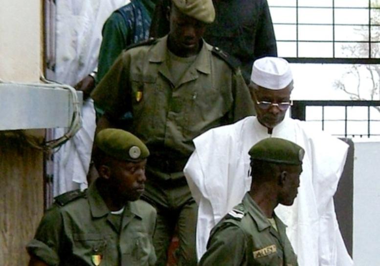 CAE : Hisséne Habré convoqué ce mardi, Me El Hadji Diouf fait feu de tout bois