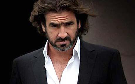 Eric Cantona a été arrêté et placé en garde à Londres