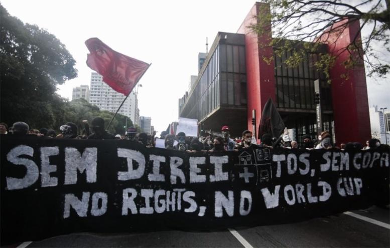 Brésil: 600 manisfestants anti-Mondial à Sao Paulo