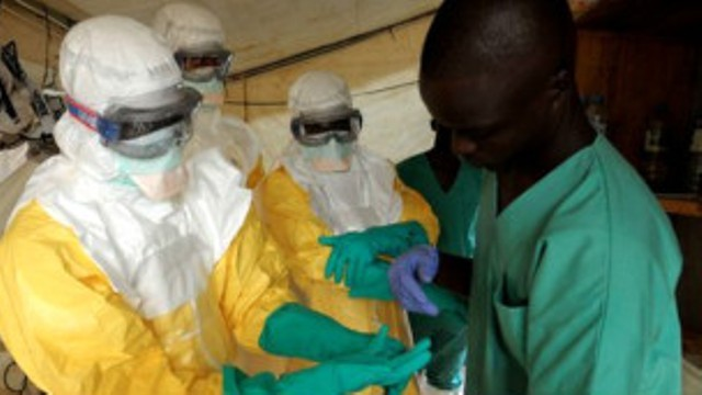Ebola: le bilan s'alourdit en Guinée