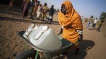 Depuis 2009, plusieurs organisations humanitaires venant notamment en aide aux réfugiés, ont été expulsées du Soudan.