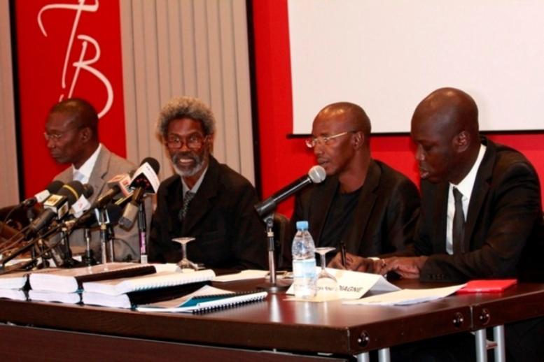 Affaire Karim: les avocats de Wade-fils préviennent la communauté nationale et internationale qu'ils ne croiseront pas les bras