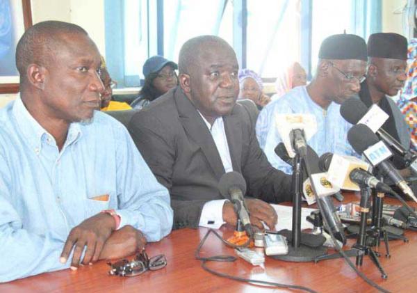 Permanence PDS: militants et militantes sur place, le comité directeur tient une conférence de presse