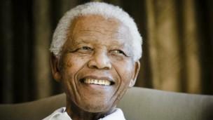 Nelson Mandela, premier président démocratiquement élu d'Afrique du Sud